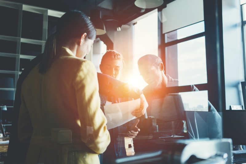 collaborateurs dans une PME